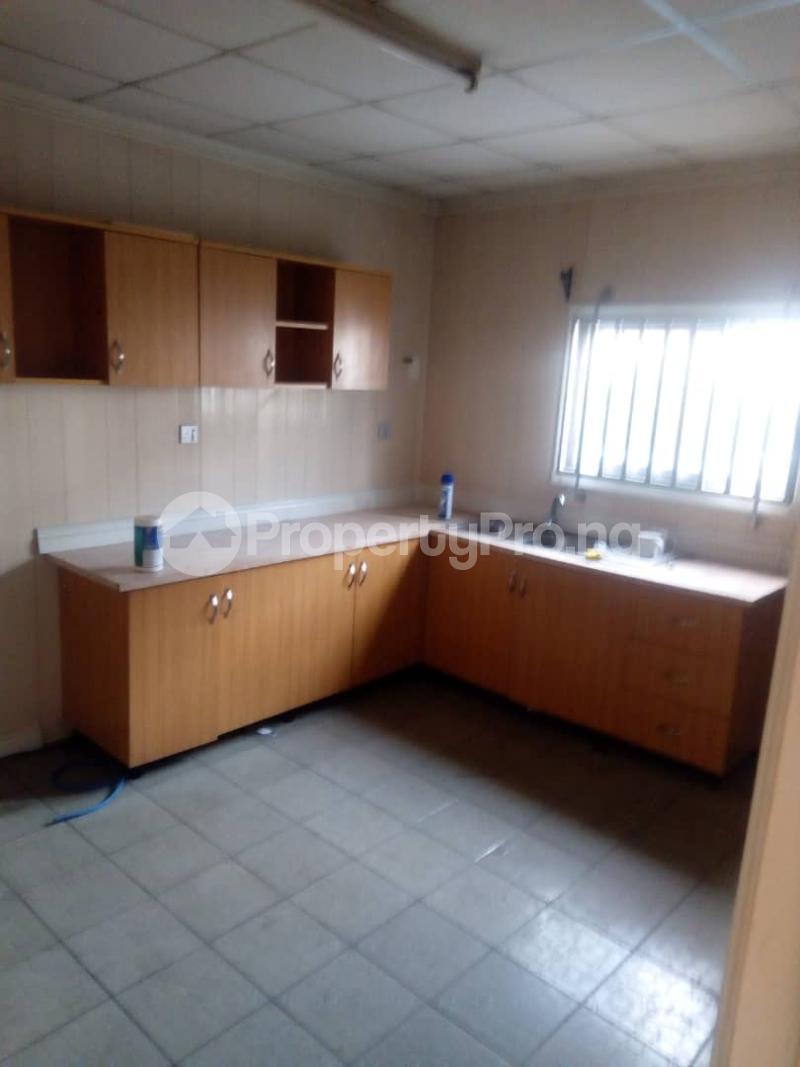 3 bedroom Terraced Duplex House for sale Royal Estate Phase 1 Bode Thomas Surulere Lagos - 3