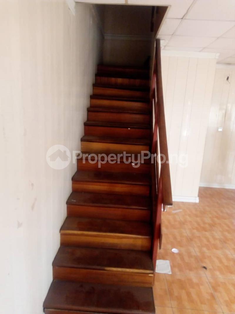 3 bedroom Terraced Duplex House for sale Royal Estate Phase 1 Bode Thomas Surulere Lagos - 4