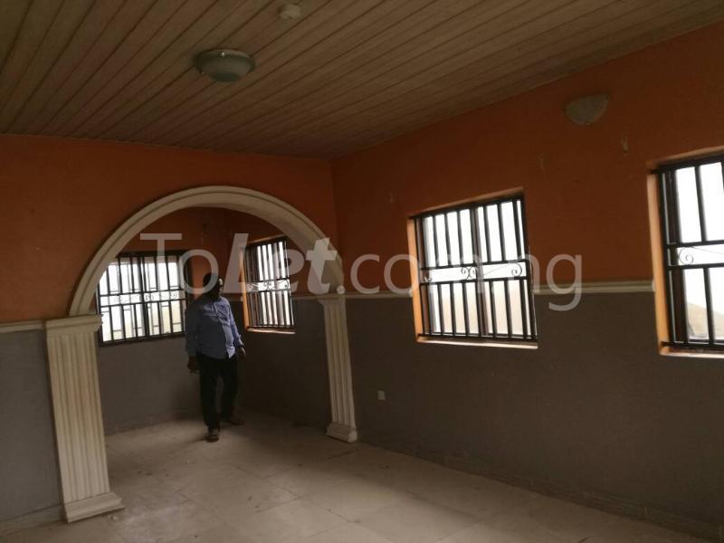 3 bedroom Detached Bungalow House for sale irawo owode onirin Mile 12 Kosofe/Ikosi Lagos - 13