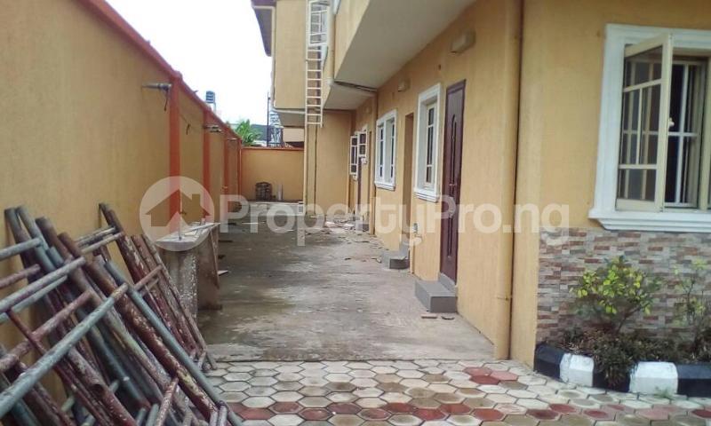 3 bedroom House for sale Jacob Mews Estate Alagomeji Yaba Lagos - 2