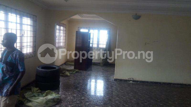 3 bedroom Shared Apartment Flat / Apartment for rent Okpanam. Road Asaba Delta - 0