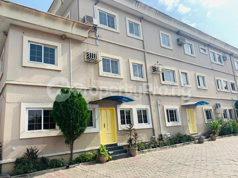 3 bedroom Flat / Apartment for rent Off Kudirat Abiola way, Julie Estate Oregun Ikeja Lagos - 12