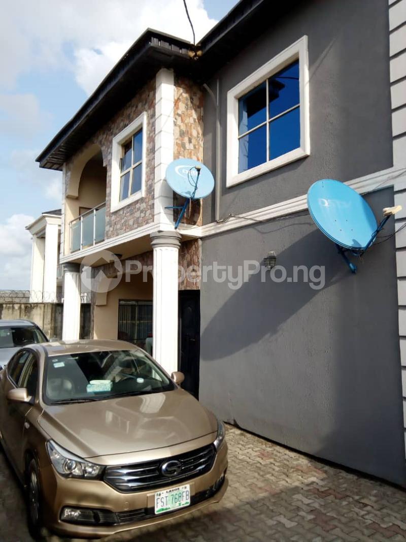 3 bedroom House for sale 35, Baale Ejalonibu St, Ogoyo Estate, Behind Pedrisi School Road Ogoyo Off Alaguntan/mobil Estate Road, Ilaje Bus Stop Lekki Ajah Area Before Jubilee Bridge. Ilaje Ajah Lagos - 2