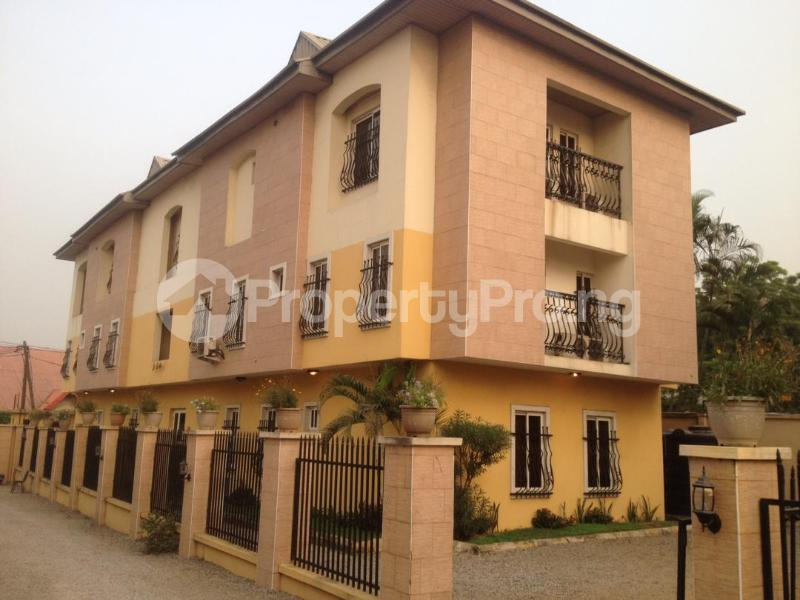 3 bedroom Flat / Apartment for shortlet Off Mobolaji Bank Anthony  Maryland Ikeja Lagos - 6