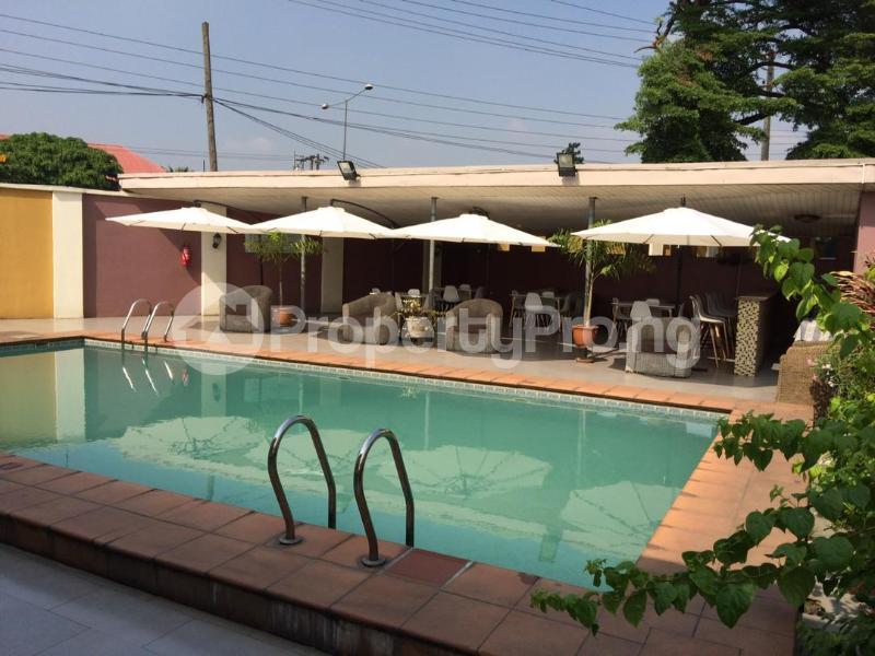 3 bedroom Flat / Apartment for shortlet Shonibare Estate  Mobolaji Bank Anthony Way Ikeja Lagos - 1