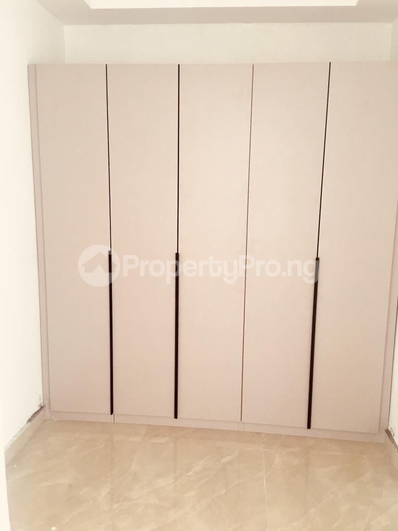 4 bedroom Terraced Duplex House for sale Near Mega Plaza  Victoria Island Lagos - 16