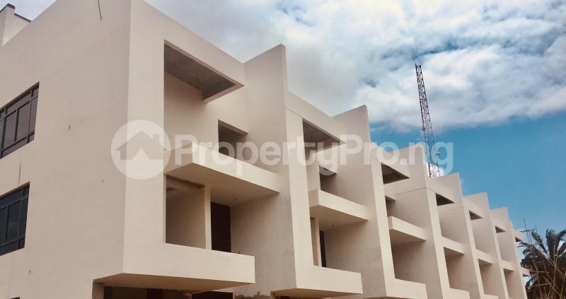 4 bedroom Terraced Duplex House for sale Near Mega Plaza  Victoria Island Lagos - 15