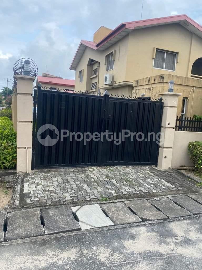 4 bedroom Semi Detached Duplex for sale Atlantic Beach Estate, Victoria Island Lagos - 13