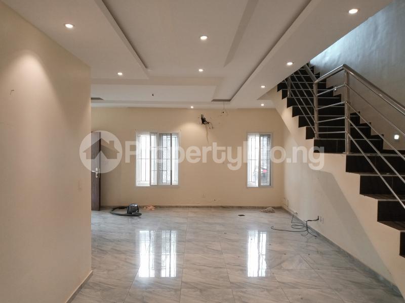 4 bedroom Semi Detached Duplex House for rent R Guzape Abuja - 0