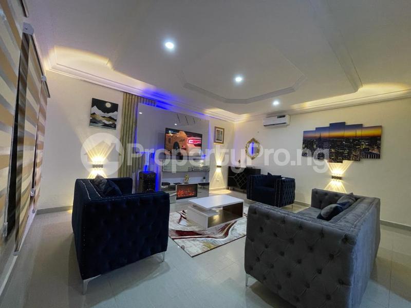 4 bedroom Flat / Apartment for shortlet Osapa london Lekki Lagos - 1