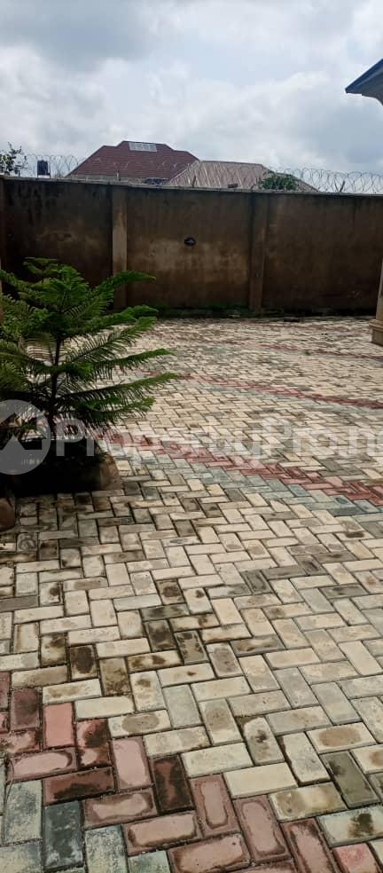 4 bedroom Terraced Bungalow House for sale Ile Titun, Beside Dss Estate Ibadan Oyo - 12