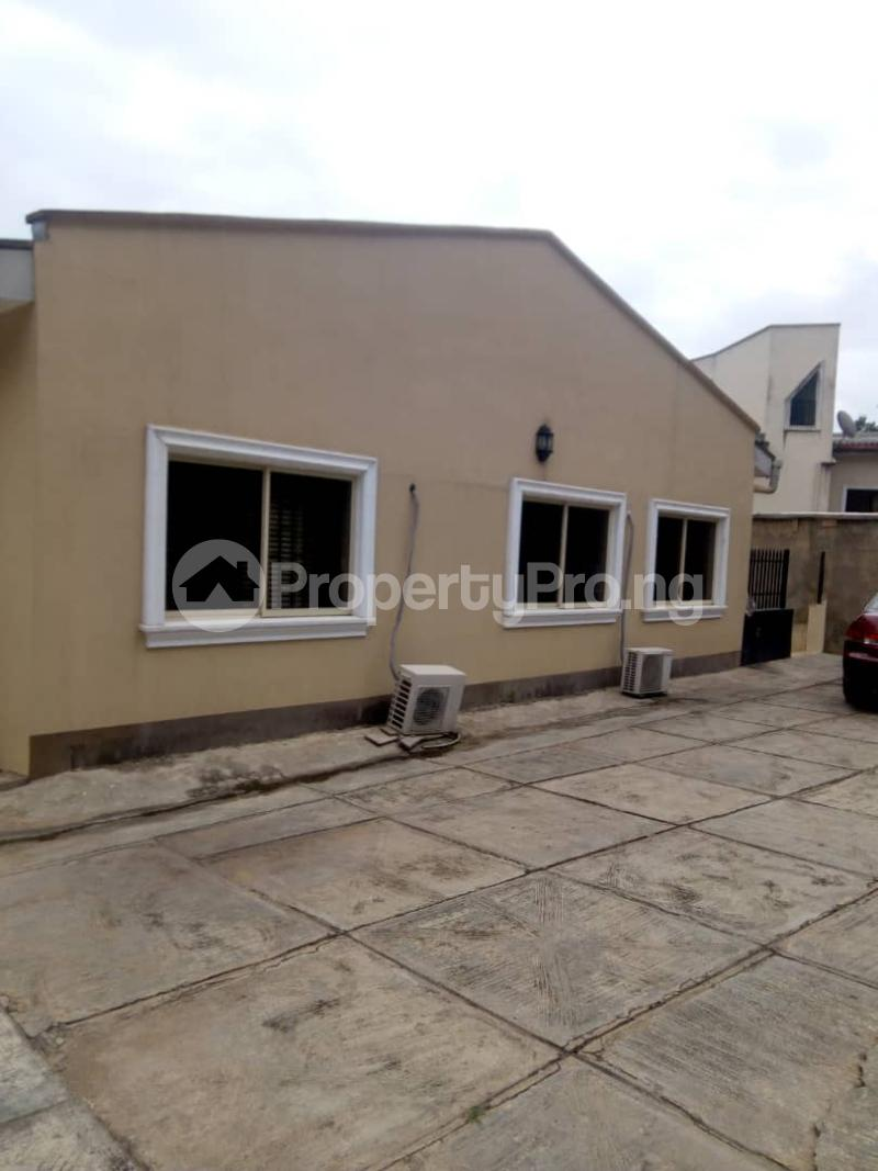 4 bedroom Terraced Bungalow House for sale  Iyaganku Ibadan Oyo - 3