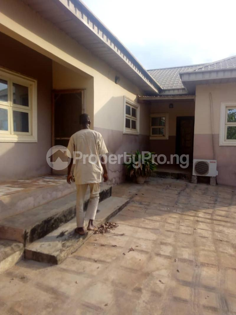 4 bedroom Detached Bungalow House for sale Oke ata housing estate Abeokuta Ogun - 2