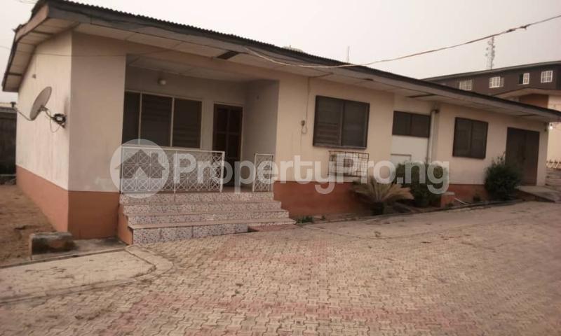 7 bedroom Detached Bungalow House for sale Olakanpo street, old bodija Bodija Ibadan Oyo - 0