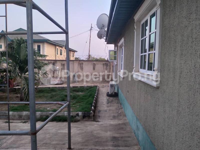 4 bedroom Detached Bungalow House for sale along express akala way tipper garage.  Akala Express Ibadan Oyo - 6