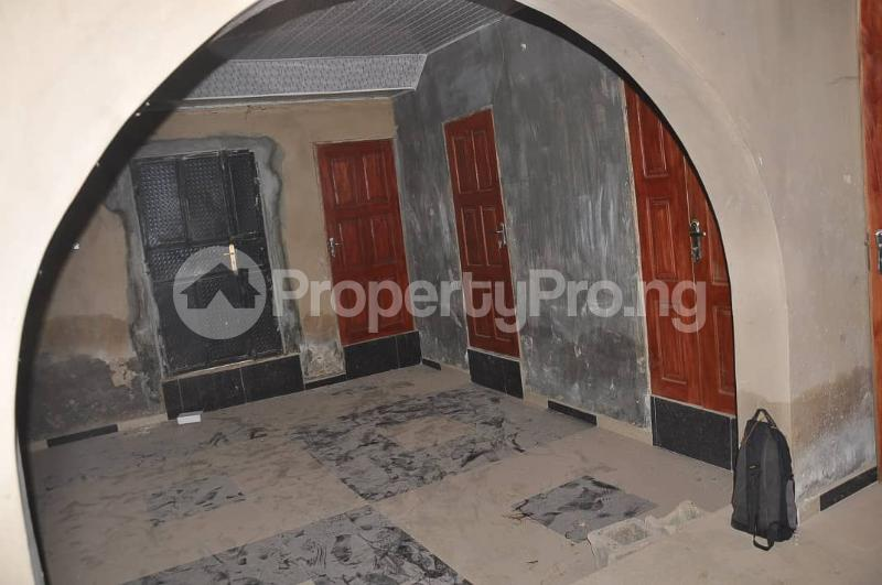 4 bedroom Detached Bungalow House for sale Akoto Estate, Zone F, Elebu Akala Express Ibadan Oyo - 11