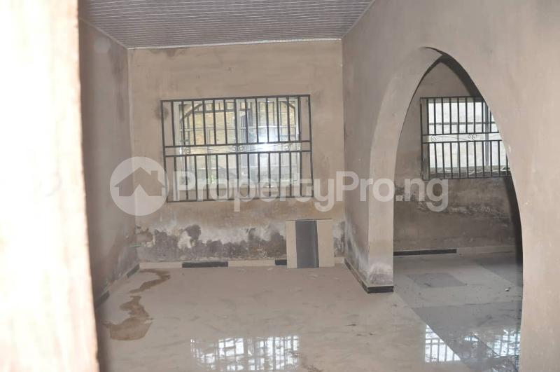 4 bedroom Detached Bungalow House for sale Akoto Estate, Zone F, Elebu Akala Express Ibadan Oyo - 6
