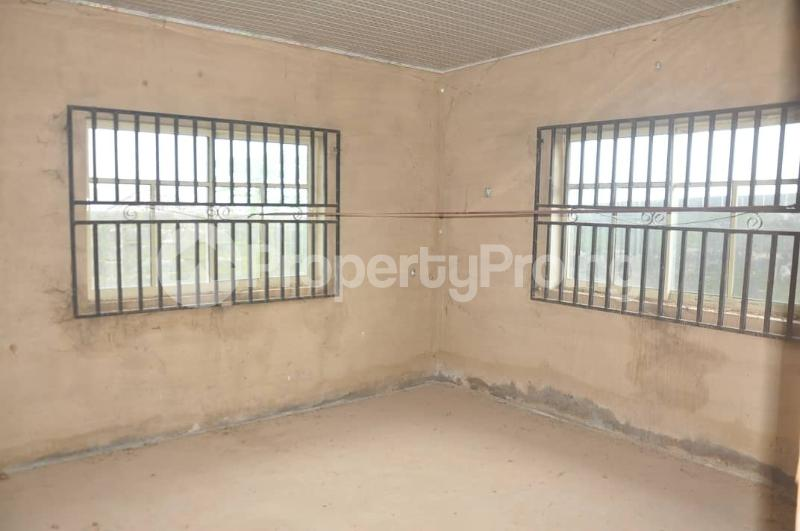 4 bedroom Detached Bungalow House for sale Akoto Estate, Zone F, Elebu Akala Express Ibadan Oyo - 8
