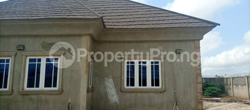 4 bedroom Terraced Bungalow House for sale Ile Titun, Beside Dss Estate Ibadan Oyo - 9