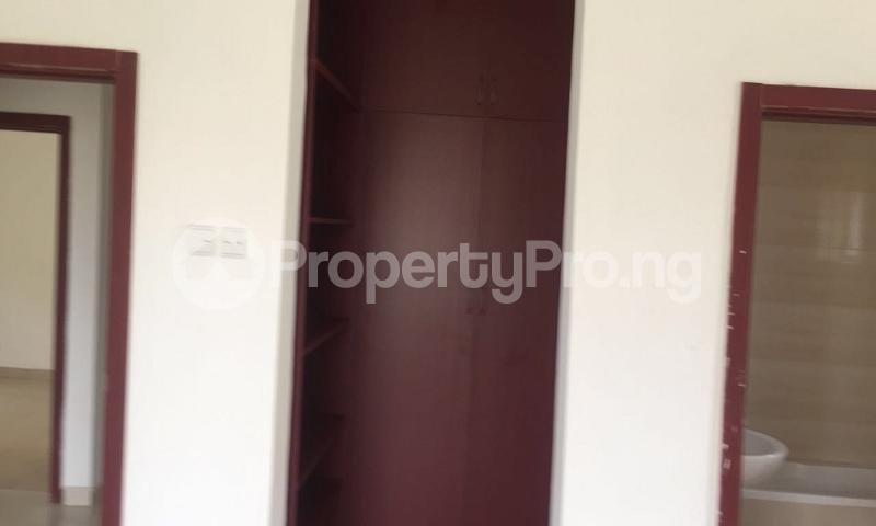 4 bedroom Flat / Apartment for sale NAPIER GARDENS ESTATE, BESIDE MANOR GARDEN, IKOTA, LEKKI, LAGOS Ikota Lekki Lagos - 10