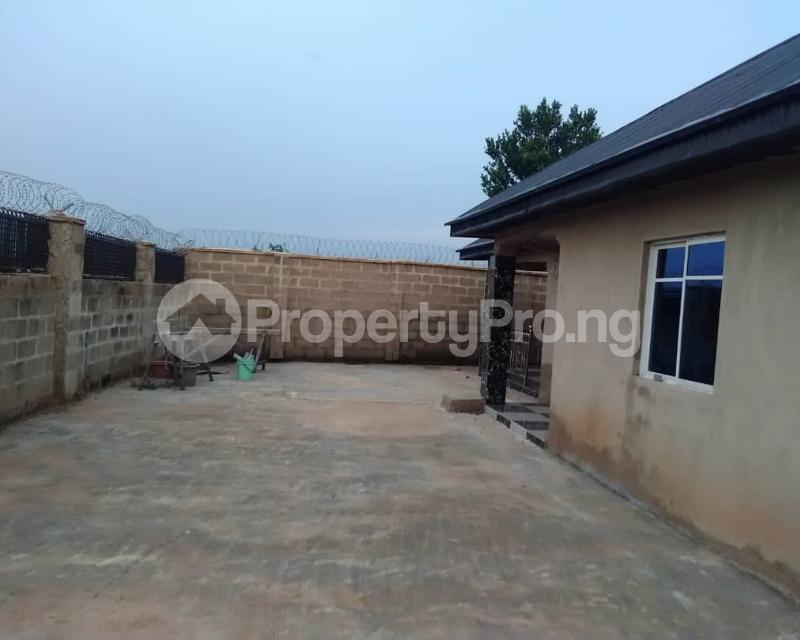 4 bedroom Flat / Apartment for sale Omi Adio, Apata Ibadan Akinyele Oyo - 0