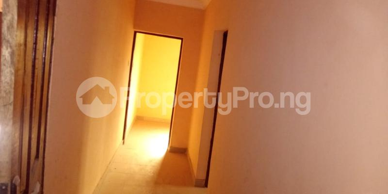 6 bedroom Flat / Apartment for sale  Olodo beside International Dynamic Centre / Hollicks school Egbeda Oyo - 4