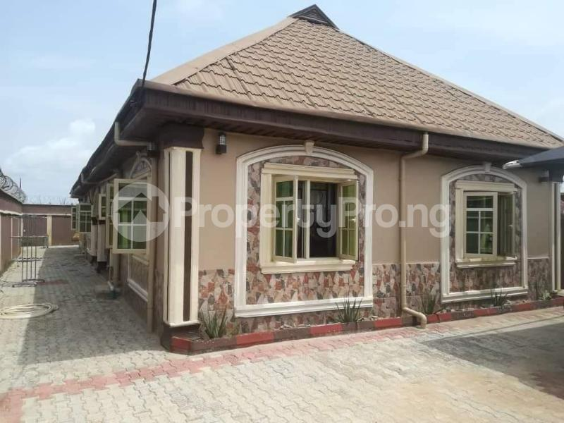 4 bedroom Detached Bungalow House for sale Ayorin checkpoint /Ibeye new site,Agbara Badagry Badagry Lagos - 1