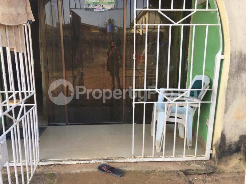 4 bedroom Blocks of Flats House for sale Idumu Road Ejigbo Ejigbo Lagos - 1