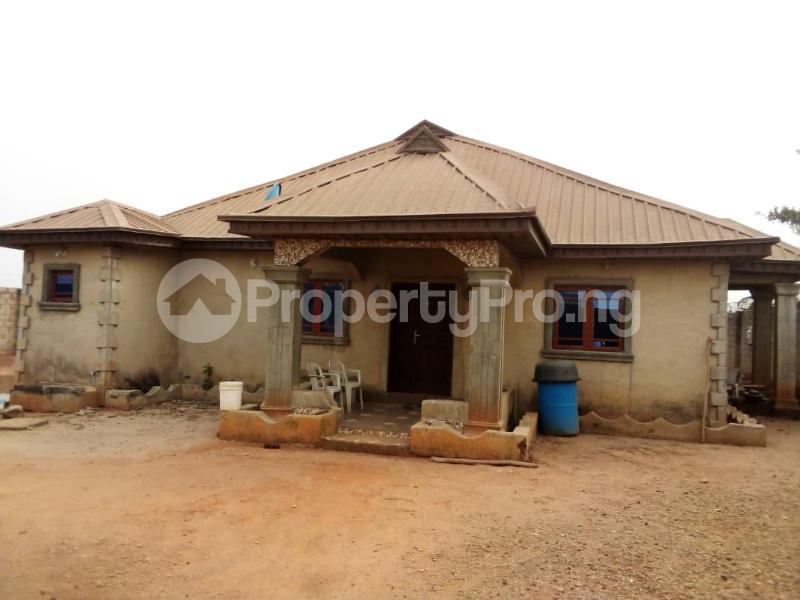 4 bedroom Detached Bungalow House for sale Facing Idiroko Expressway Idiroko Ado Odo/Ota Ogun - 0