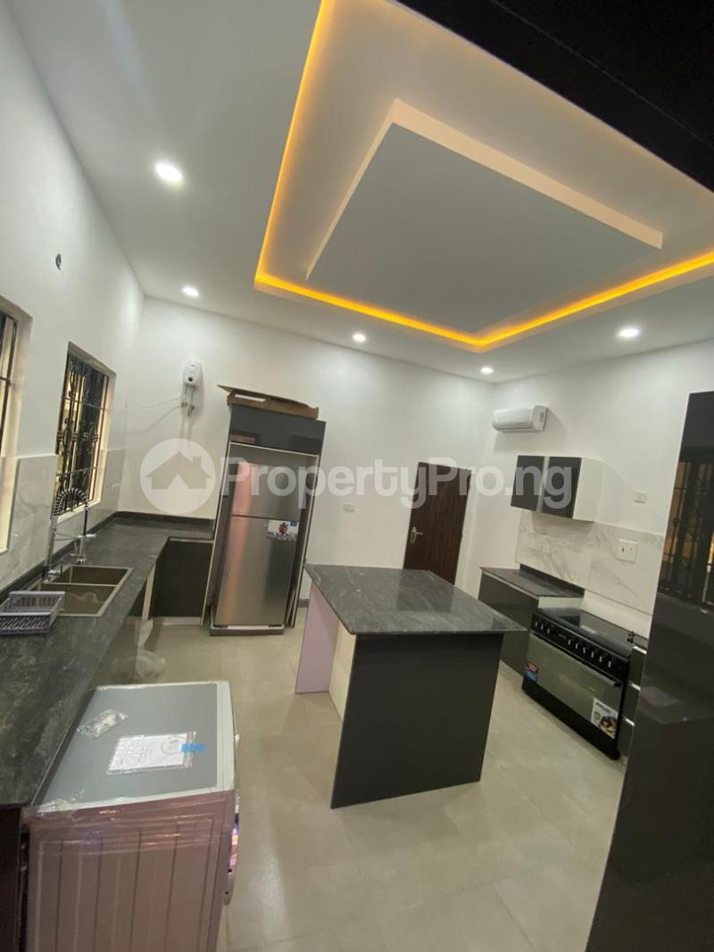 4 bedroom Detached Duplex House for sale Lakeview Park Estate Off Orchid Road chevron Lekki Lagos - 11