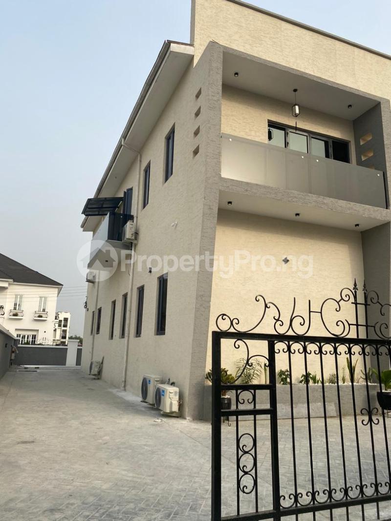 4 bedroom Detached Duplex House for sale Lakeview Park Estate Off Orchid Road chevron Lekki Lagos - 0