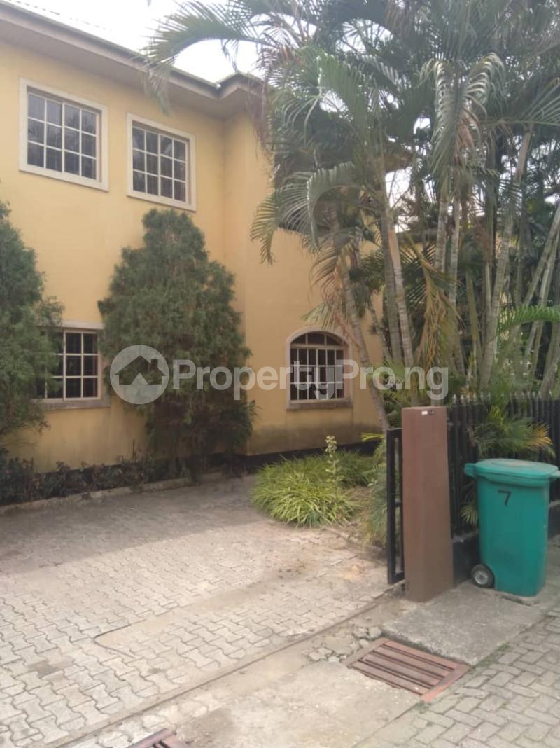 4 bedroom Detached Duplex House for sale Peace Court Estate, Adeyemo Alakija, Ikeja GRA, Lagos. Ikeja GRA Ikeja Lagos - 22