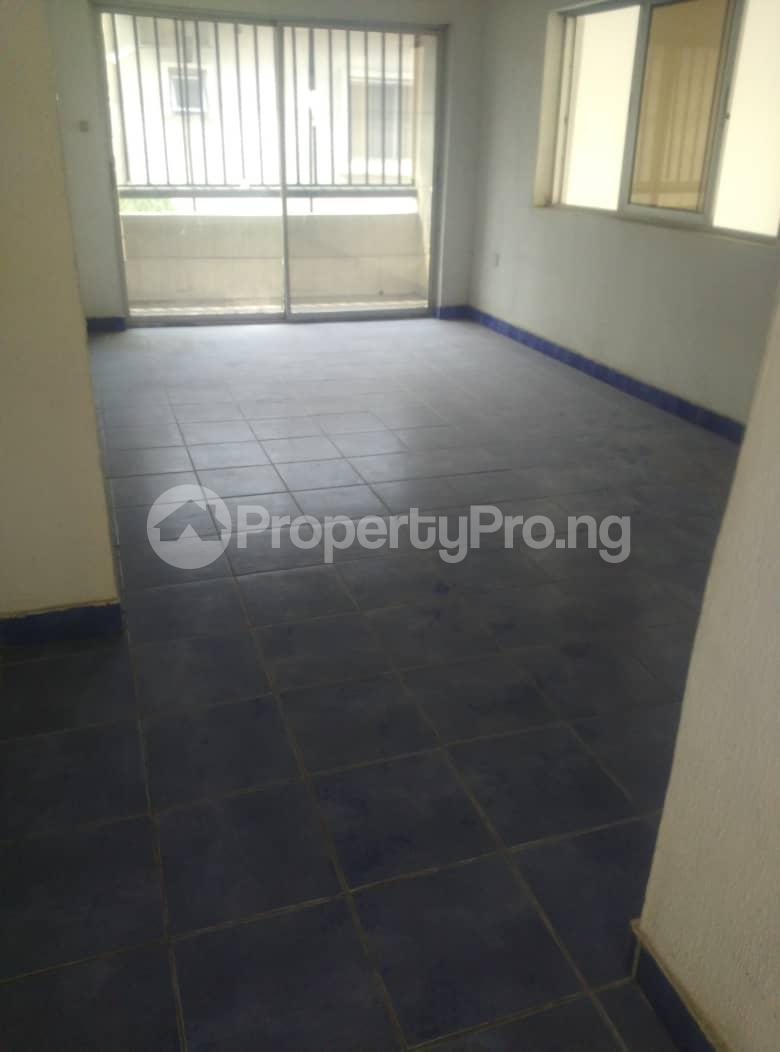 4 bedroom House for sale Atlantic Beach Estate ONIRU Victoria Island Lagos - 3