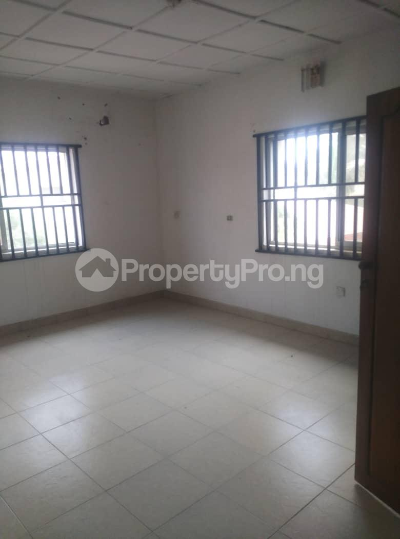 4 bedroom House for sale Atlantic Beach Estate ONIRU Victoria Island Lagos - 1