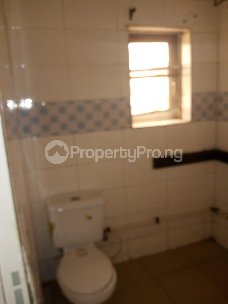4 bedroom Detached Duplex House for rent brooks Magodo GRA Phase 2 Kosofe/Ikosi Lagos - 19