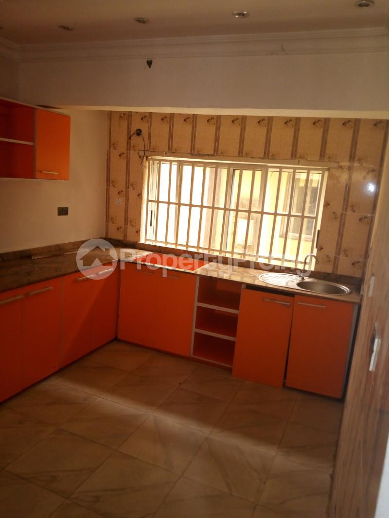 4 bedroom Detached Duplex House for rent brooks Magodo GRA Phase 2 Kosofe/Ikosi Lagos - 12