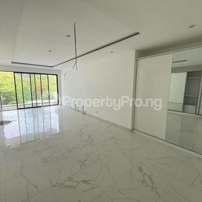4 bedroom Terraced Duplex for rent Banana Island Ikoyi Lagos - 13