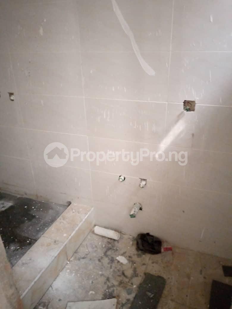 5 bedroom Semi Detached Duplex for sale Chevron Drive chevron Lekki Lagos - 3