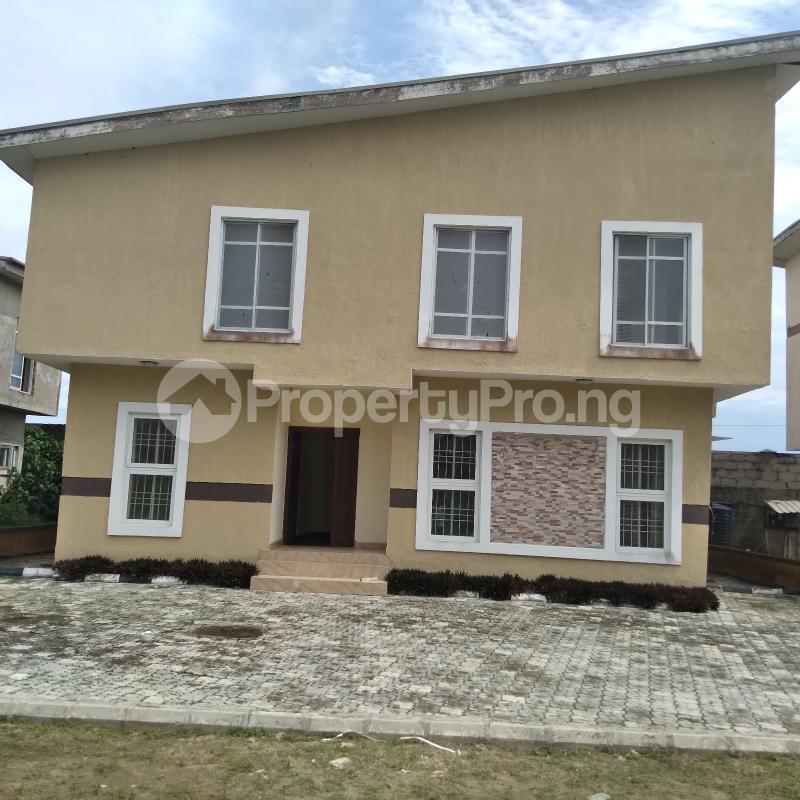 4 bedroom Detached Duplex for rent Off Monastery Road, Behind Shoprite Sangotedo Ajah Lagos - 18
