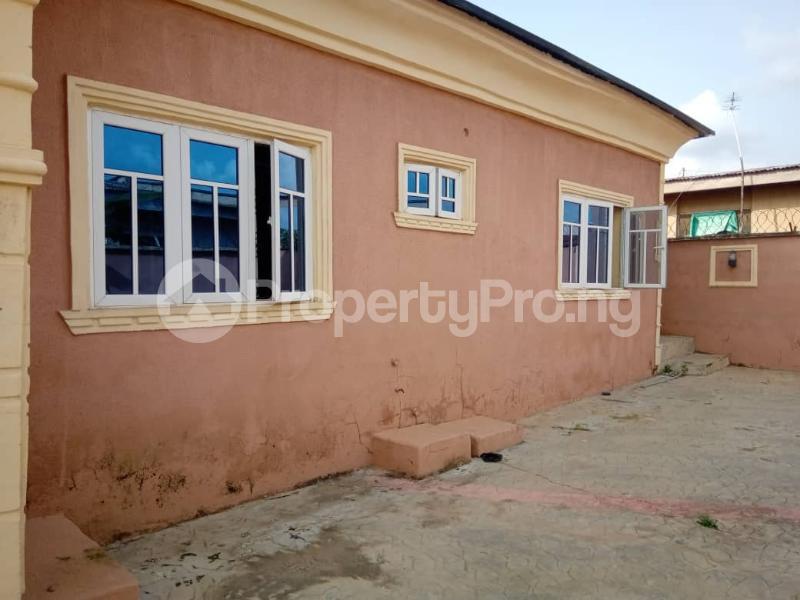 4 bedroom Detached Duplex for rent Oluyole Akala Express Ibadan Oyo - 5