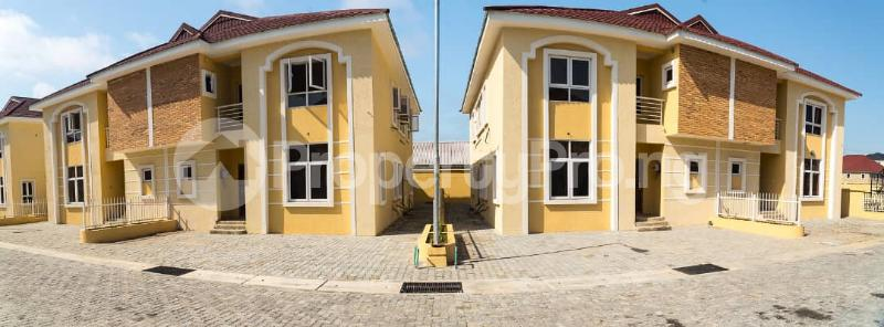 5 bedroom Semi Detached Duplex House for sale Osapa london Lekki Lagos - 1