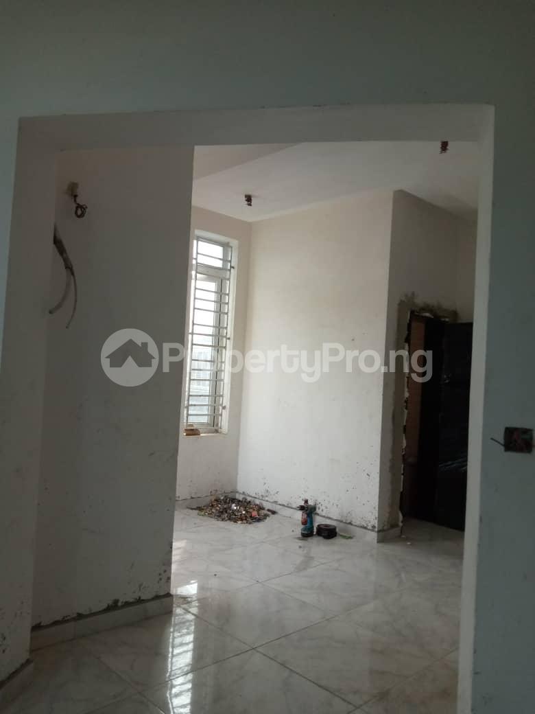 4 bedroom Semi Detached Duplex House for sale 3 Minutes From Shoprite Sangotedo Ajah Lagos - 4
