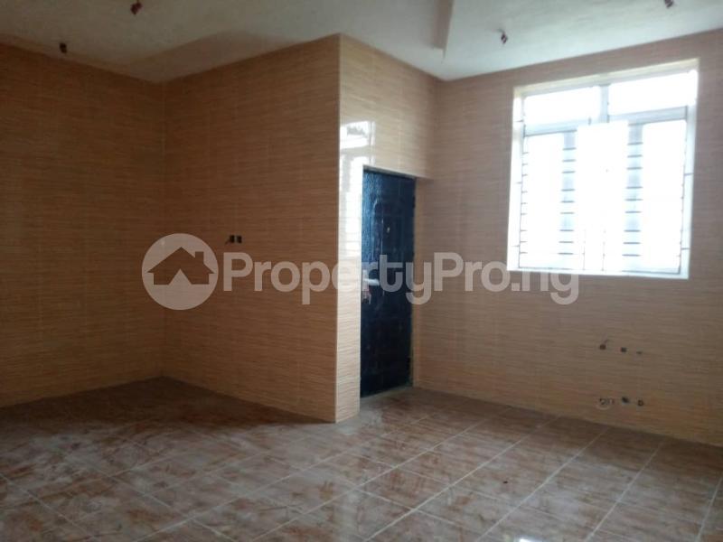 4 bedroom Semi Detached Duplex House for sale 3 Minutes From Shoprite Sangotedo Ajah Lagos - 10
