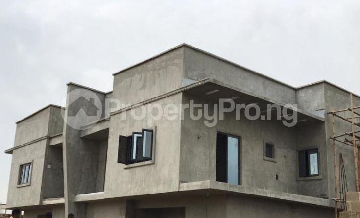 4 bedroom Semi Detached Duplex House for sale 5 Minutes From The Popular Journalist Estate & 10 Mins From Alausa Secretariat Magboro Obafemi Owode Ogun - 0