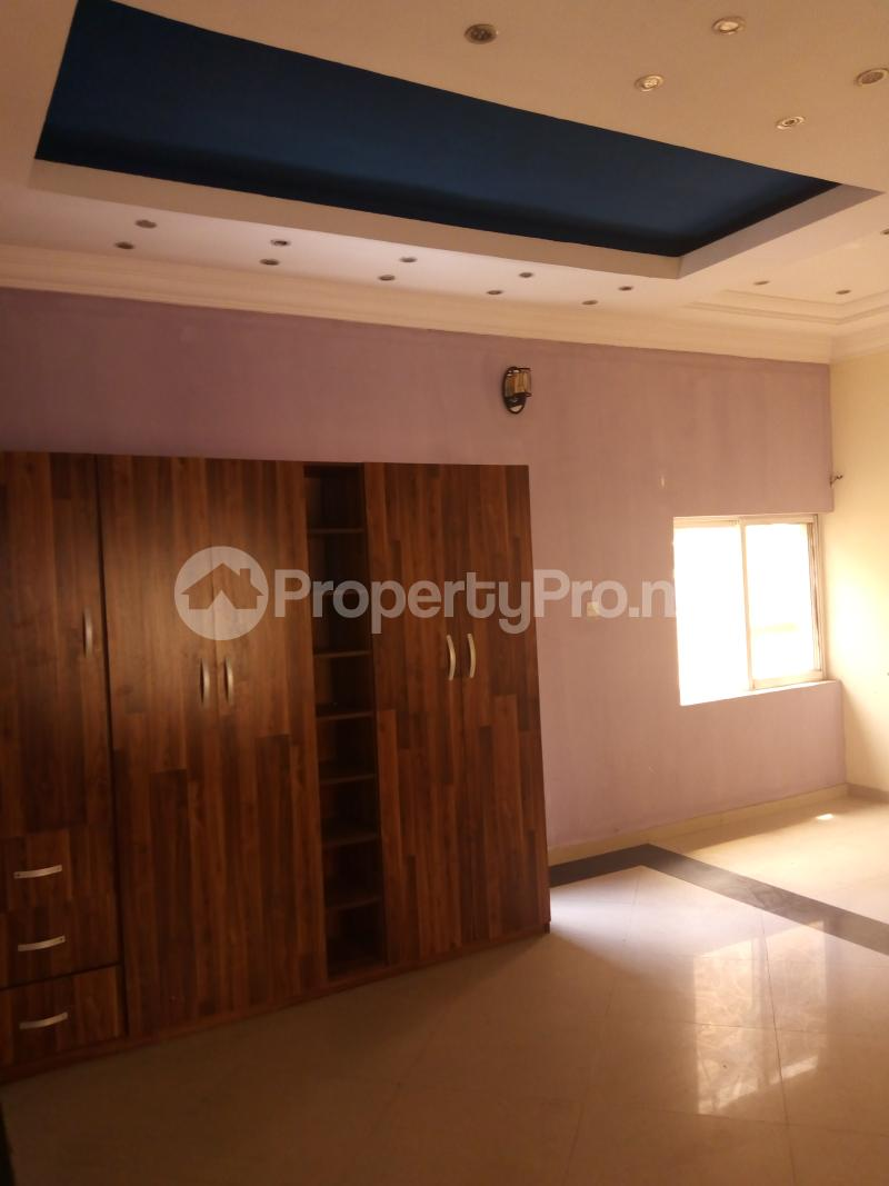 4 bedroom Detached Duplex House for rent brooks Magodo GRA Phase 2 Kosofe/Ikosi Lagos - 23