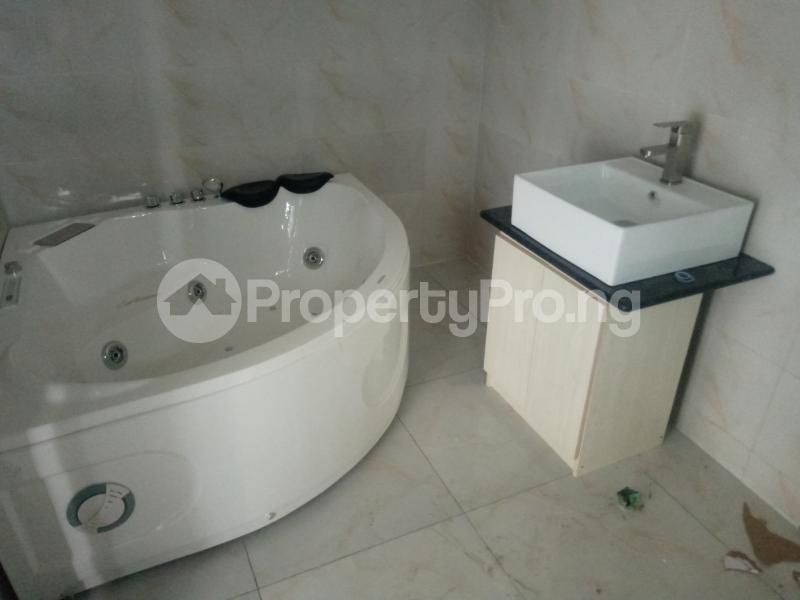 4 bedroom Semi Detached Duplex House for sale LEKKI PALMS ESTATE Ado Ajah Lagos - 11