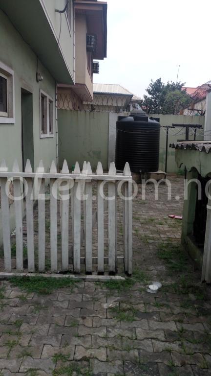 4 bedroom House for rent Magodo Phase 2 Estate, CMD ROAD.  Ojodu Lagos - 10