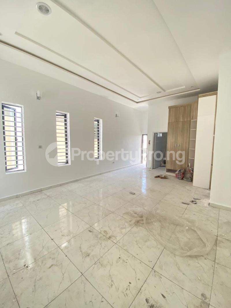 4 bedroom Detached Duplex House for sale chevron Lekki Lagos - 11