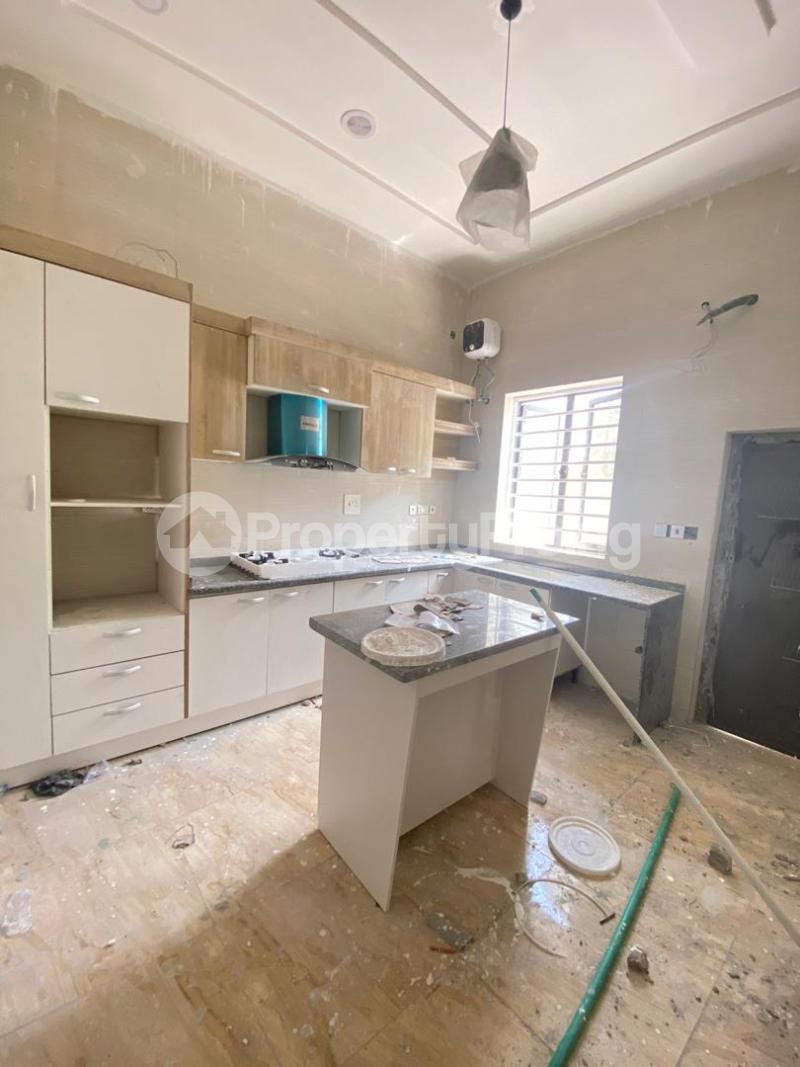 4 bedroom Detached Duplex House for sale chevron Lekki Lagos - 5
