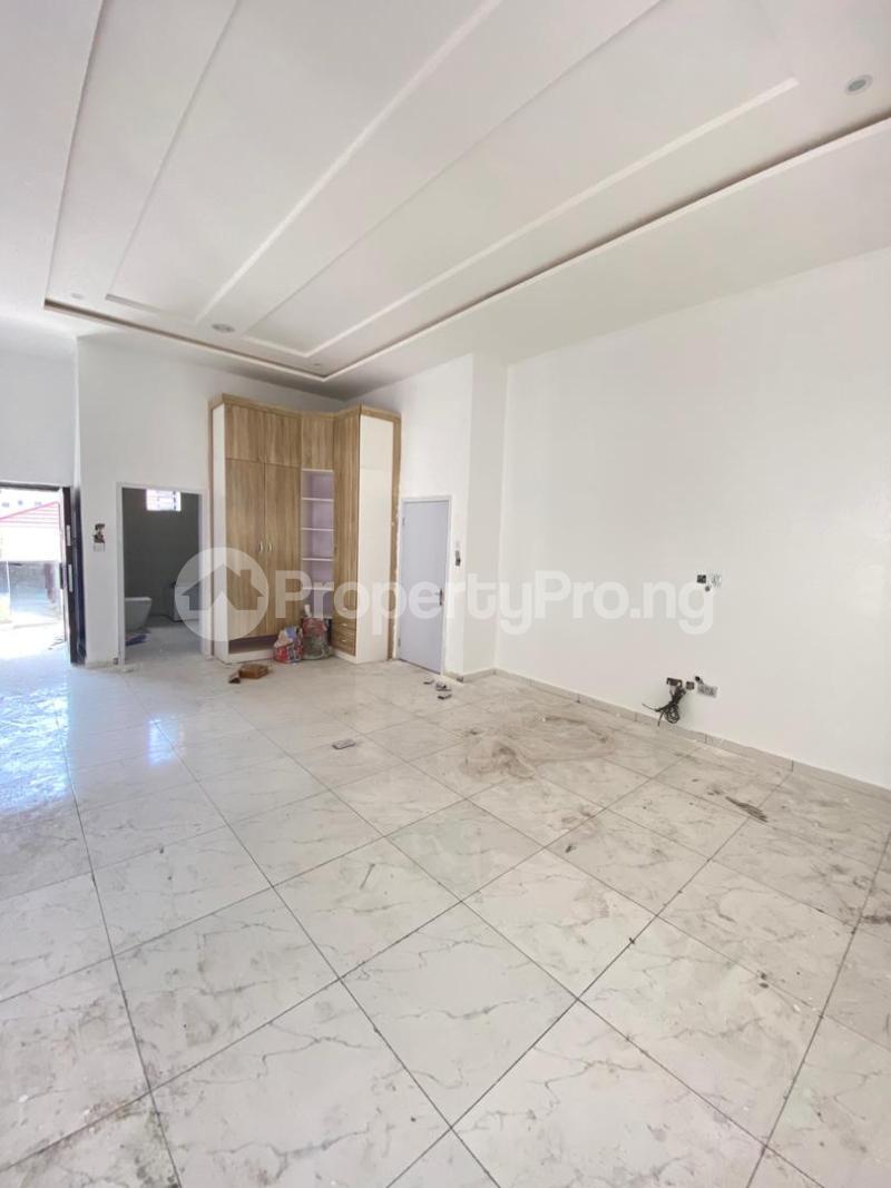 4 bedroom Detached Duplex House for sale chevron Lekki Lagos - 10